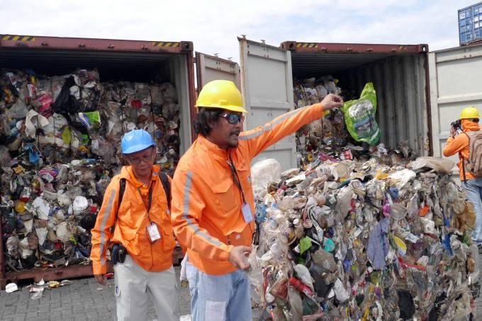 Lixo enviado do Canadá para as Filipinas