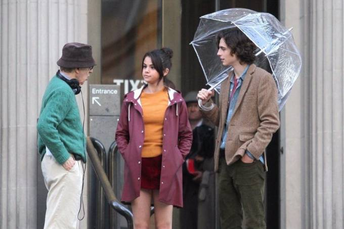 Woody Allen dirige Selena Gomez e Timothée Chalamet em 'A Rainy Day in New York'