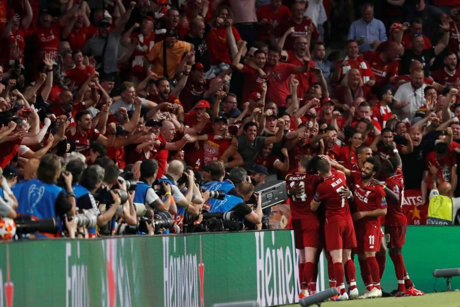 Jogo entre Tottenham e Liverpool, válido pela final da Champions League, jogadores comemoram - 01/06/2019