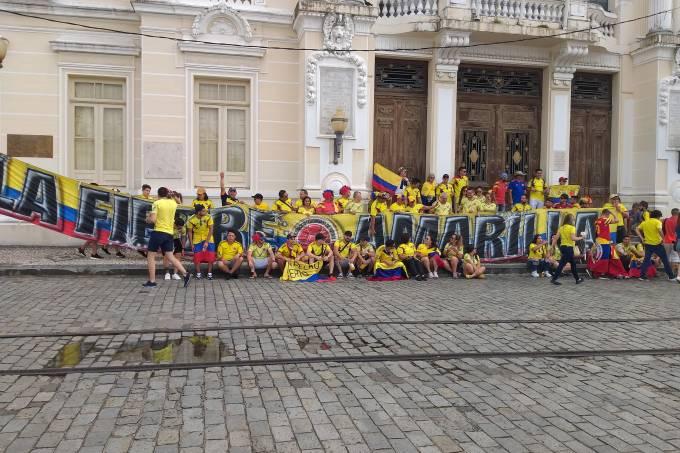 Torcida da Colômbia em Salvador