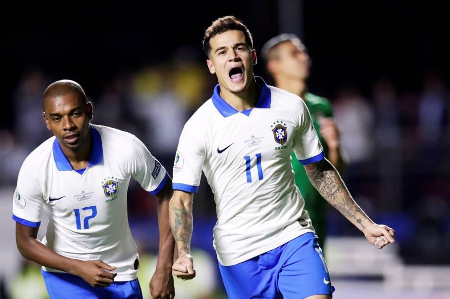 Philippe Coutinho marca gol de pênalti durante partida contra a Bolívia, válida pela fase de grupos da Copa América - 14/06/2019