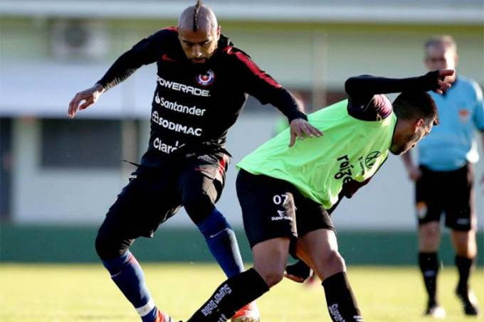 Chile x XV de Piracicaba – Arturo Vidal