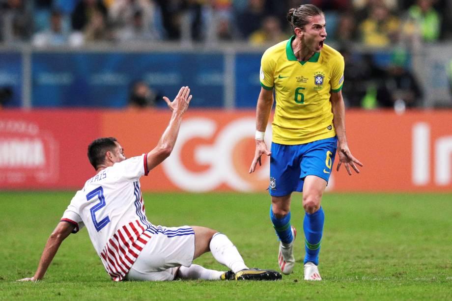 Filipe Luis e Ivan Piris, durante partida entre Brasil e Paraguai, válida pela Copa América - 27/06/2019