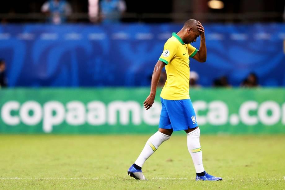 Fernandinho, jogador do Brasil, lamenta após empate com a Venezuela - 18/06/2019