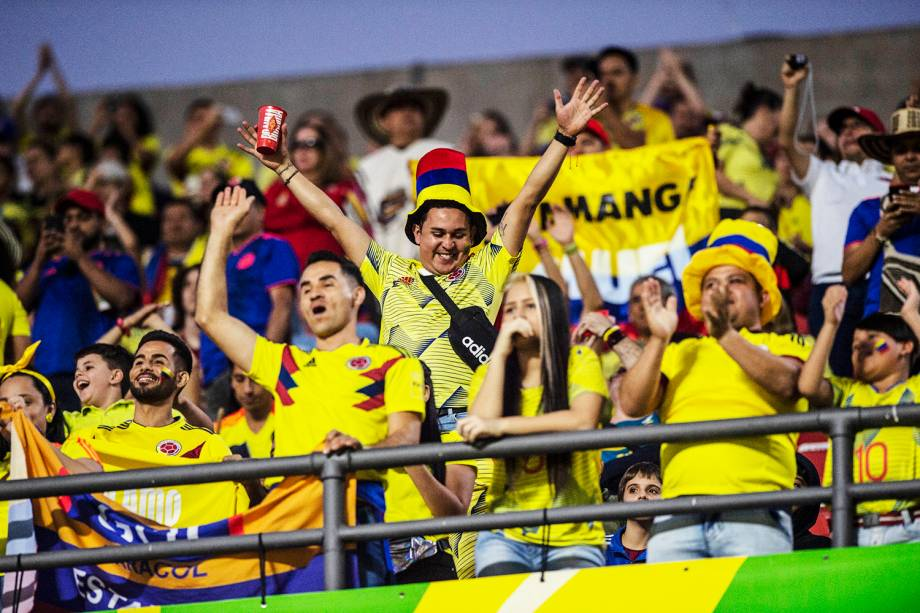 Torcida colombiana marca presença no Estádio do Morumbi, em São Paulo (SP), antes da partida entre Colômbia e Catar - 19/06/2019