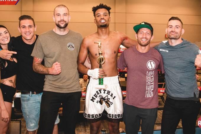 Gabriel Silva conquista torneio de Muay Thai