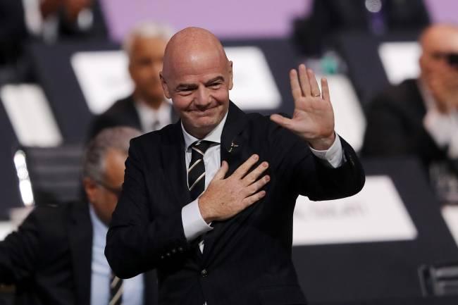Presidente da Fifa tenta impor mudança histórica na organização das Copas -