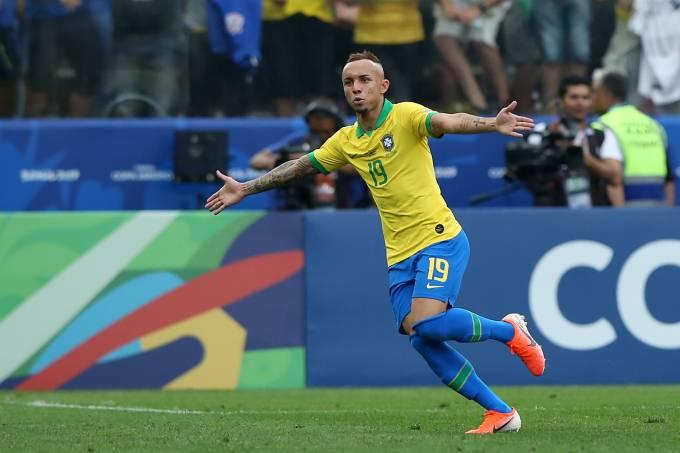 """Gremista Everton """"Cebolinha"""" será atração do jogo em Porto Alegre"""