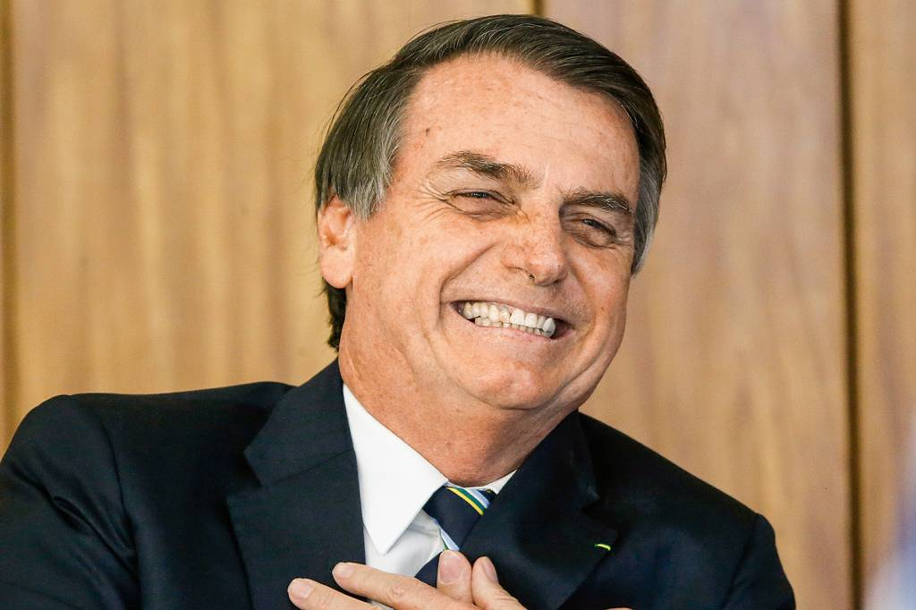 """Bolsonaro comenta nova recomendação: """"A nossa cloroquina chegou na China"""""""