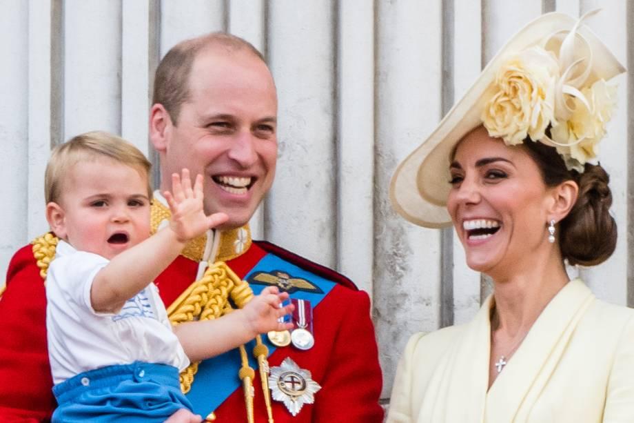 Príncipe William e Kate Middleton, duque e duquesa de Cambridge e o príncipe Louis durante a parada anual Trooping the Colour, que celebra o aniversário da rainha Elizabeth II, em Londres - 08/06/2019