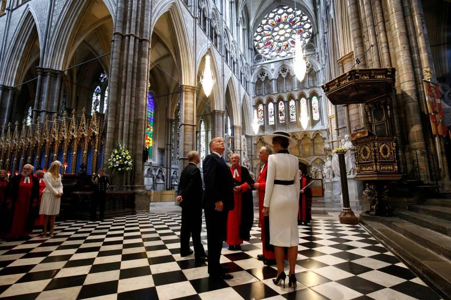 O presidente dos Estados Unidos, Donald Trump, e a primeira-dama Melania Trump visitam a Abadia de Westminster em Londres - 03/06/2019