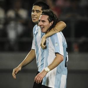 Riquelme e Messi, em 2008