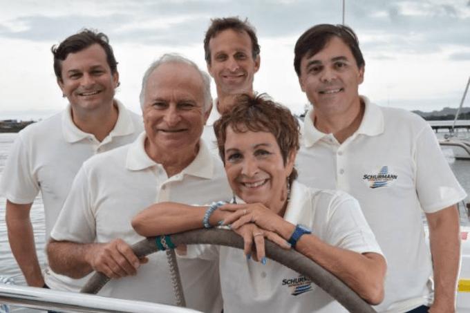 A Família Schurmann, que explora os oceanos há 35 anos, preparou a próxima aventura marítima para mostrar soluções para a poluição por plásticos