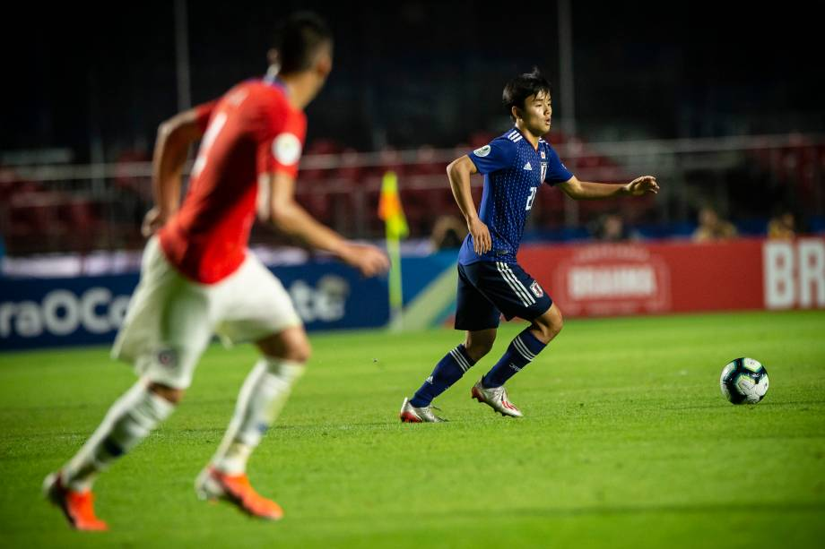 O atacante japonês Takefusa Kubo durante partida contra o Chile, no Morumbi