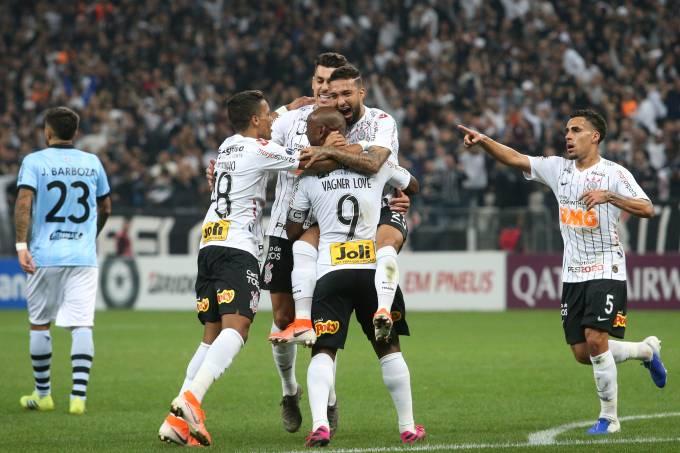Copa Sudamericana – Round of 16 – First Leg – Corinthians v Wanderers