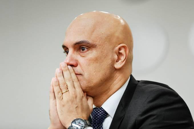 Para Moraes, descrenÁa na polÌtica leva a 'salvadores da p·tria'