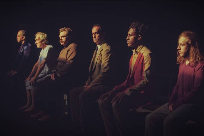 'Angels in America': primeira montagem da peça de Tony Kushner na íntegra no Brasil, dirigida por Paulo de Moraes