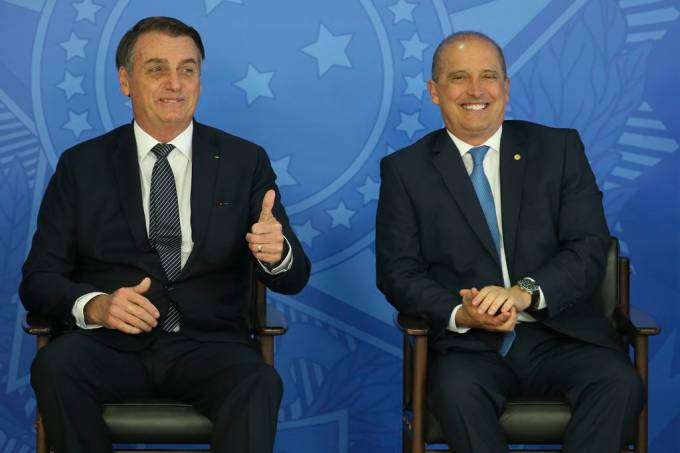 O presidente Jair Bolsonaro e o ministro da Casa Civil, Onyx Lorenzoni