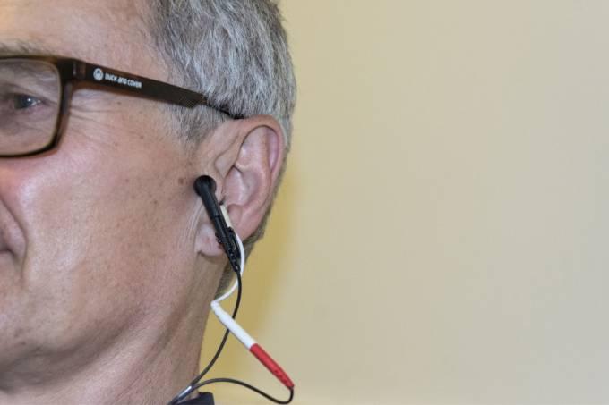 estímulo do nervo da orelha