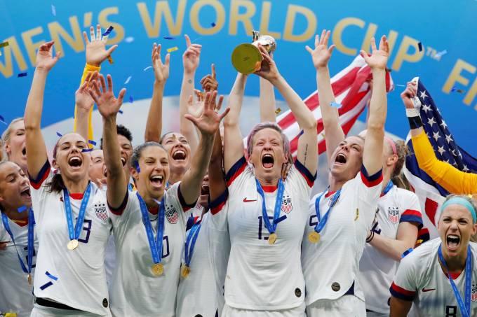 Seleção americana comemora o tetra da Copa do Mundo feminina