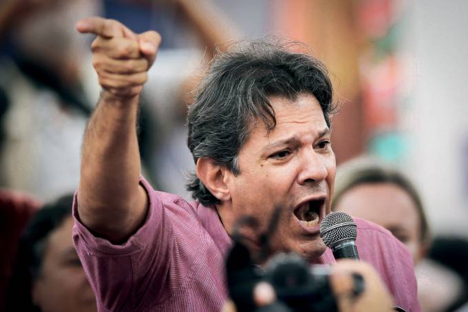 BRAZIL-POLITICS-CORRUPTION-LULA-DEMO-HADDAD