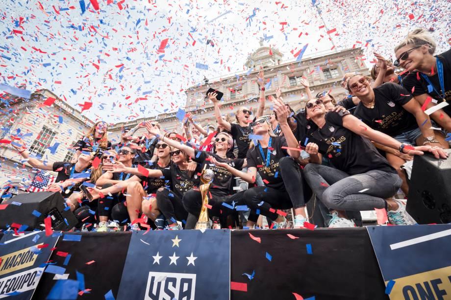 Seleção feminina de futebol dos Estados Unidos comemora a conquista da Copa do Mundo em Nova York - 10/07/2019