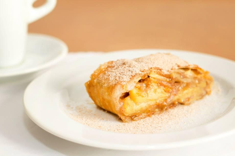 Sobremesa: strudel de maçã