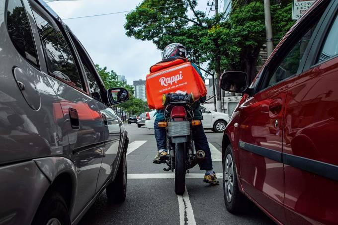 Os estados onde os brasileiros mais pedem comida no delivery