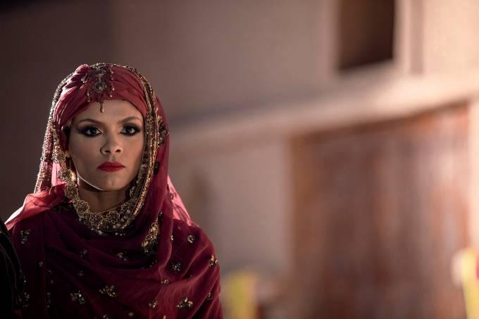 PERIGOSA – Lidi Lisboa como Jezabel: rainha movida a sexo, vaidade e política