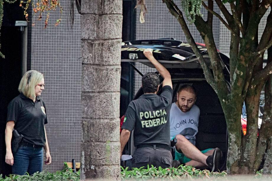 NA CADEIA -Walter Delgatti (foto) e Gustavo Santos: as investigações mostram que eles teriam invadido os celulares de Sergio Moro e de outras autoridades