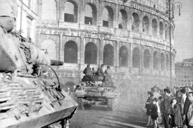 Tropas aliadas em Roma