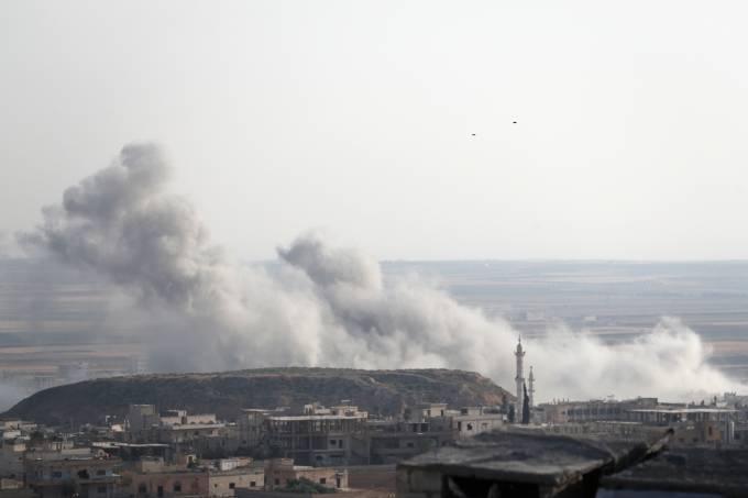 Governo sírio retoma bombardeios em Idlib