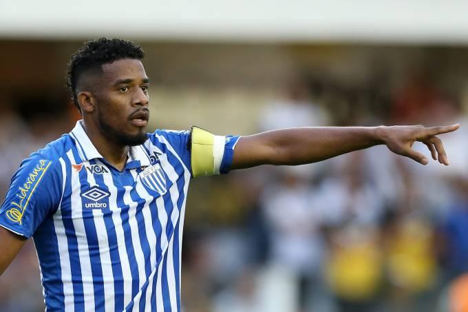 Partida entre Santos e Avaí pelo Campeonato Brasileiro