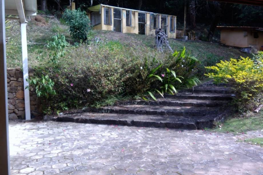 Vistoria no sítio Santa Bárbara, em Atibaia (SP), diz que maior parte da propriedade está em 'estado de abandono' e a avaliou em 1,7 milhão de reais