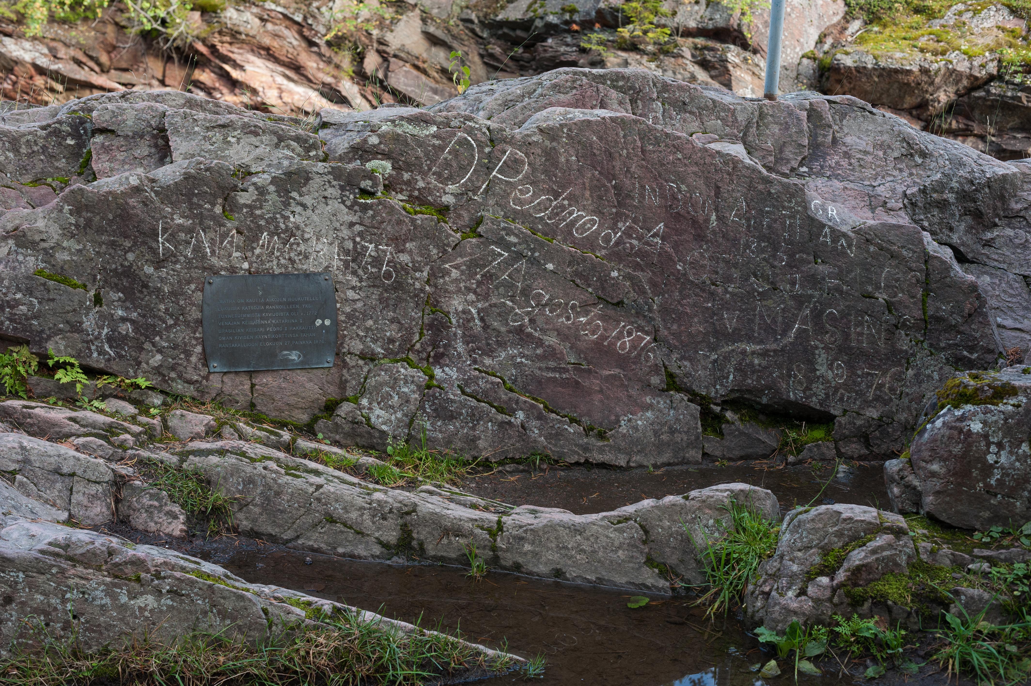 Imagem inédita da rocha grafitada por Dom Pedro em Imatra, na Finlândia, em 1876