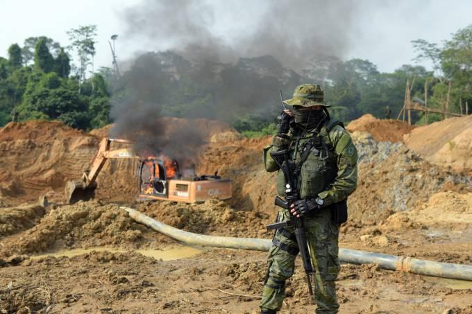 Ibama realiza operação de combate a garimpo ilegal