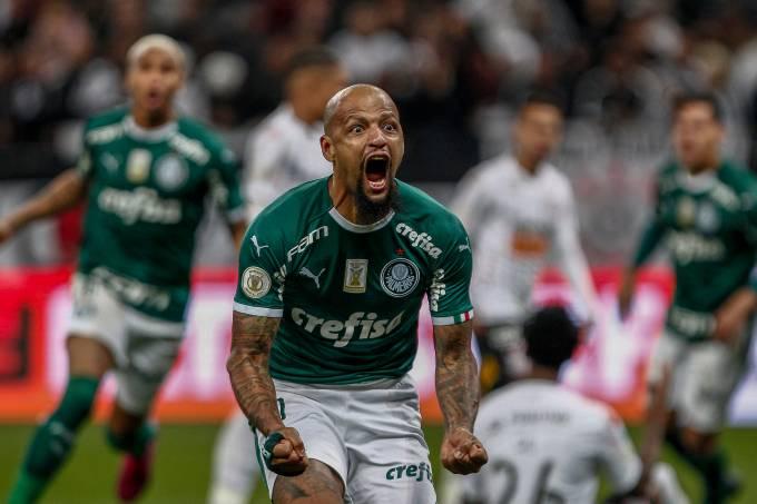 Felipe Melo comemora o gol contra o Corinthians, em Itaquera