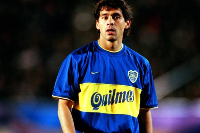 Cristian Traverso durante a final do Mundial de Clubes de 2000, apitada por Ruiz