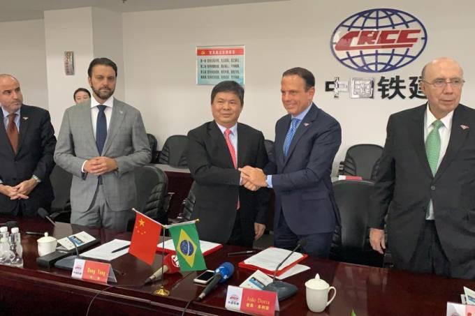 Doria assina pacto com empresa chinesa