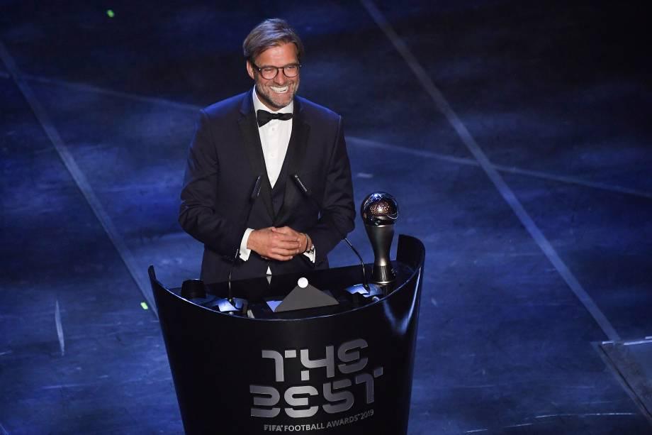 Jurgen Klopp, do Liverpool, vencedor do prêmio de melhor treinador