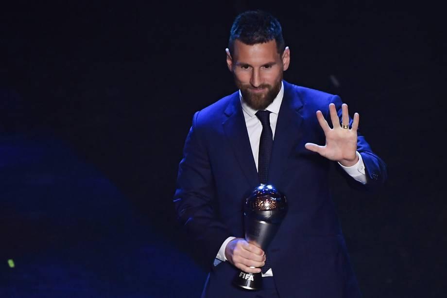 O argentino Lionel Messi venceu o prêmio de melhor jogador do mundo pela sexta vez