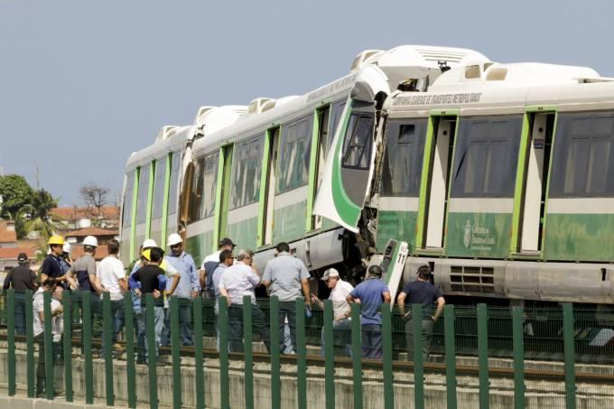Trens se chocam e deixam 37 pessoas feridas em Fortaleza