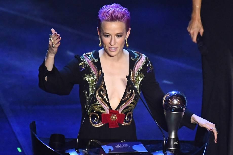 A norte-americana Megan Rapinoe venceu o prêmio de melhor jogadora do mundo