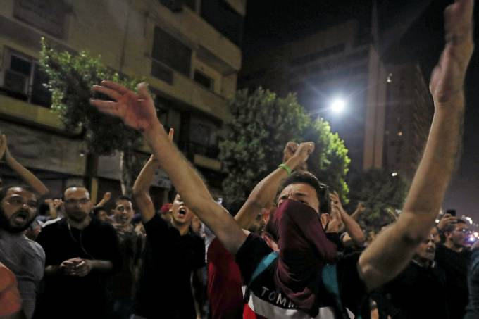 FILE PHOTO: Small groups of protesters gather in central Cairo shouting anti-government slogans in Cairo