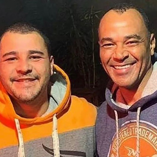 Cafu com o filho Danilo, em foto recente postada pelo ex-jogador