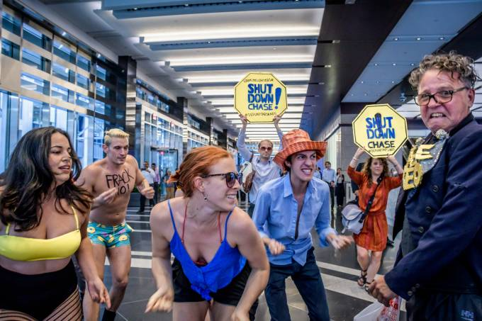 NY Climate Change Flash Mob Protest at Chase Bank