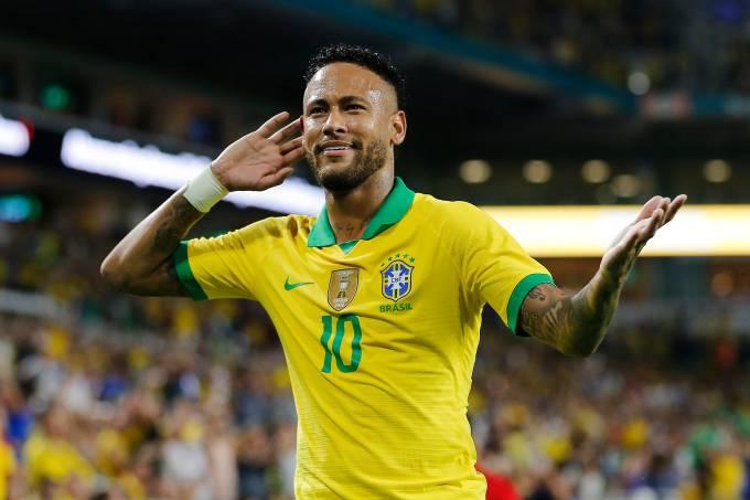 Neymar voltou a marcar pela seleção diante da Colômbia, na última sexta