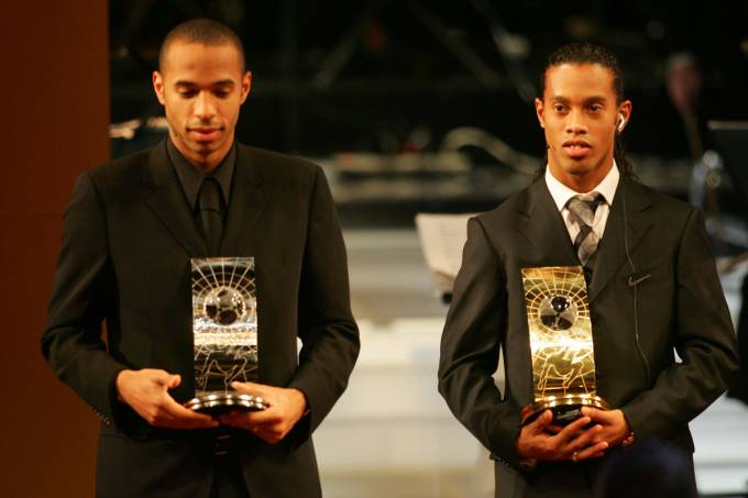 Ronaldinho – Melhor do Mundo Fifa 2004