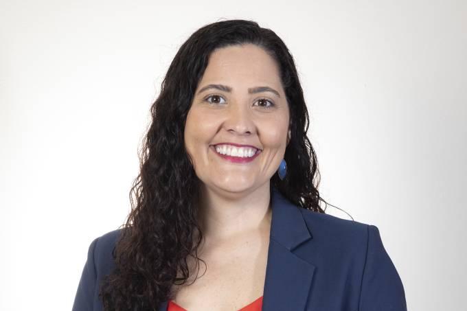 Juliana Rohsner é gestora escolar e diretora da EEEFM Jones José do Nascimento, em Serra (ES),