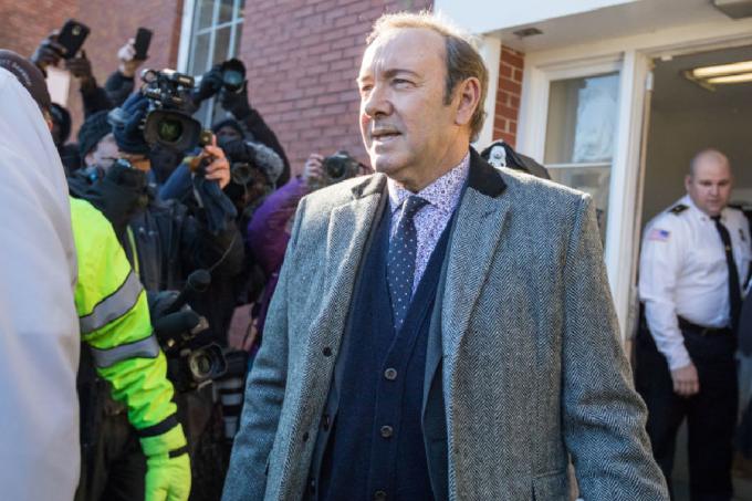 Kevin Spacey deixa tribunal em Massachusetts depois de audiência sobre processo por assédio sexual